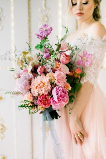 French-inspired bridal bouquet