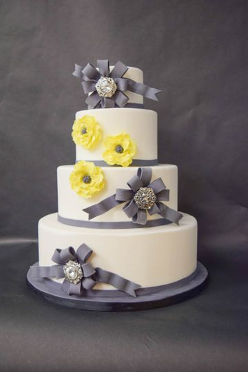 The Sparky Noodle Bakery, Co. - Wedding Cake - West Bloomfield Twp ...