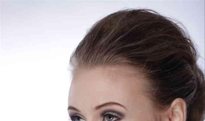 Samantha Close Makeup