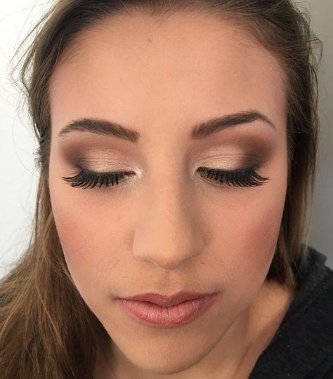 Long lashes and smokey eyes