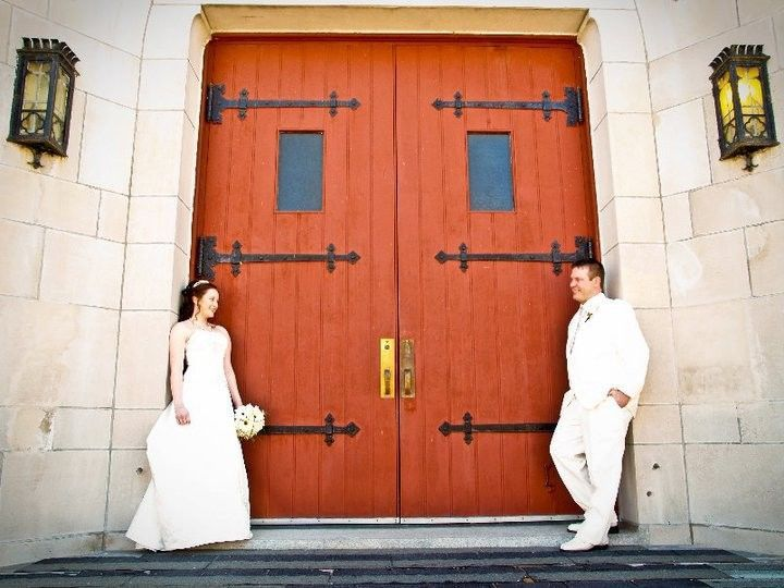 Tmx 1528835365 Fa2a88d9a246e642 1475342682535 Red Doors Brunswick, Maine wedding planner