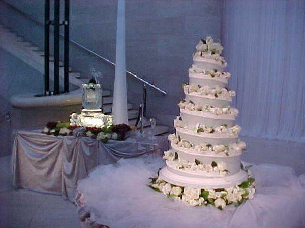 Tmx 1237934419337 Cake Dallas, TX wedding florist
