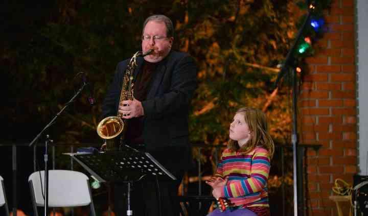 Saxophonist Jeff Carter