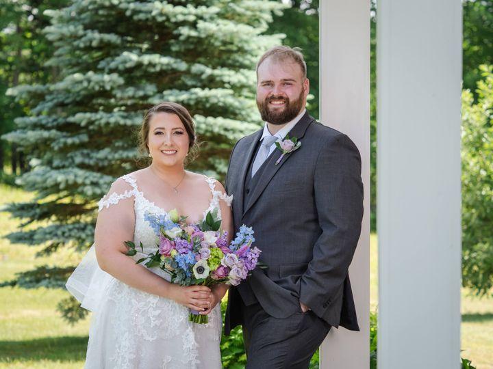 Tmx 20210620eaclark0304 51 1059115 162645696935700 Milton, VT wedding florist