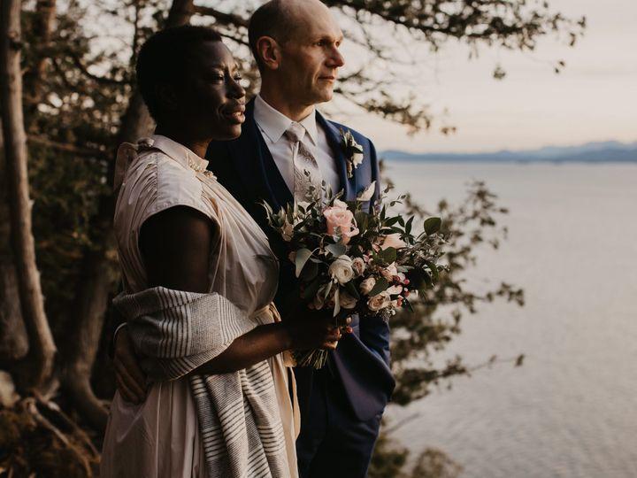 Tmx Image 50383873 51 1059115 161704619917792 Milton, VT wedding florist