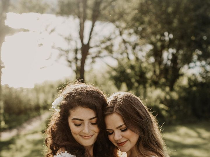 Tmx Img 0762 51 1059115 159482982760092 Milton, VT wedding florist