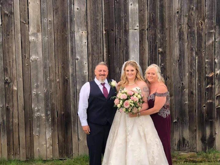 Tmx Img 4574 51 1059115 1566508750 Milton, VT wedding florist