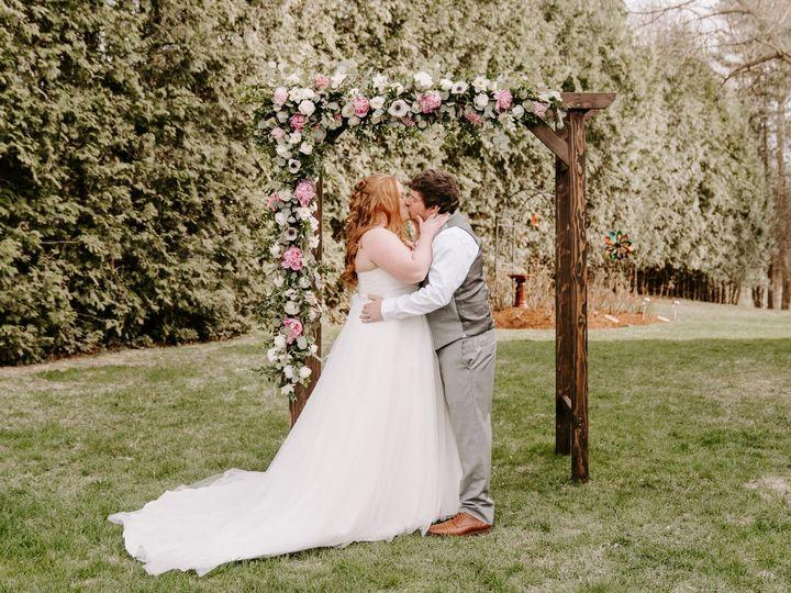 Tmx Jen And Jason Ceremony Final 233 51 1059115 159103671821011 Milton, VT wedding florist