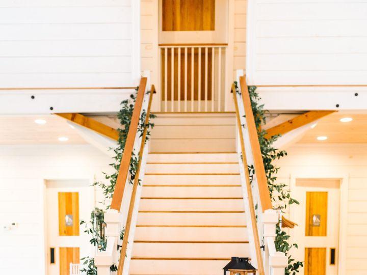 Tmx Kelley Dave Ellen Sargent Photography 206 51 1059115 158721344483754 Milton, VT wedding florist