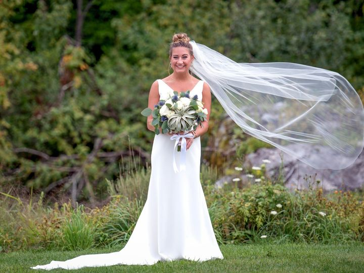 Tmx Kg1 5644 Edit 51 1059115 1572127534 Milton, VT wedding florist