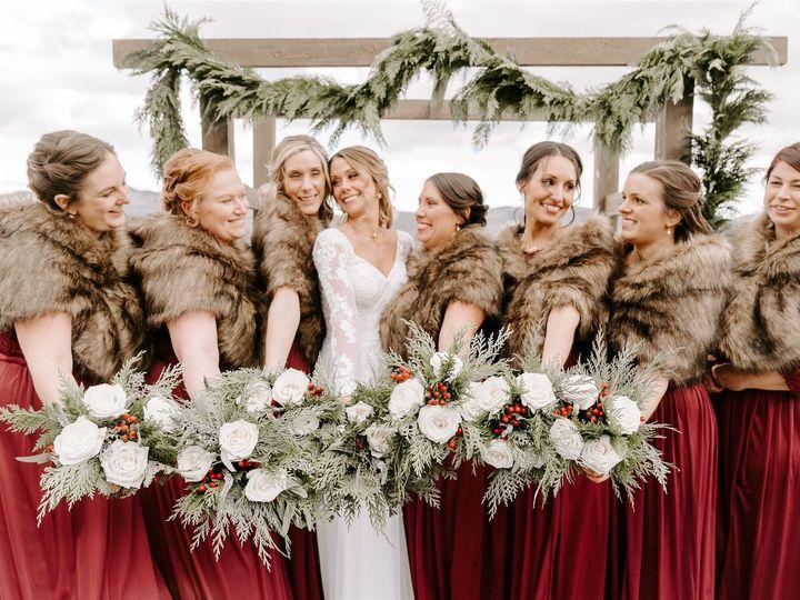 Tmx L J Portraits 148 Websize 51 1059115 158721343590711 Milton, VT wedding florist