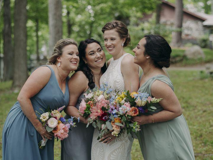 Tmx Tkp 215 51 1059115 162645697371575 Milton, VT wedding florist