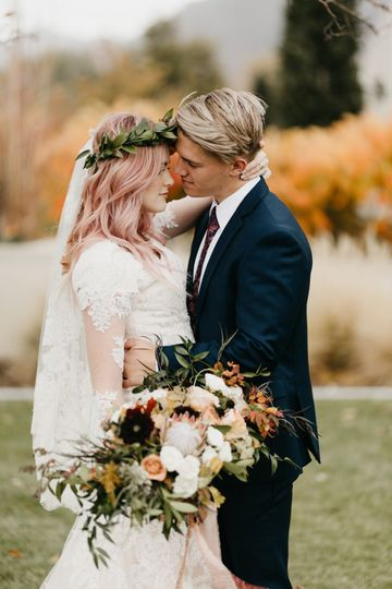 Fall wedding in Ogden, UT