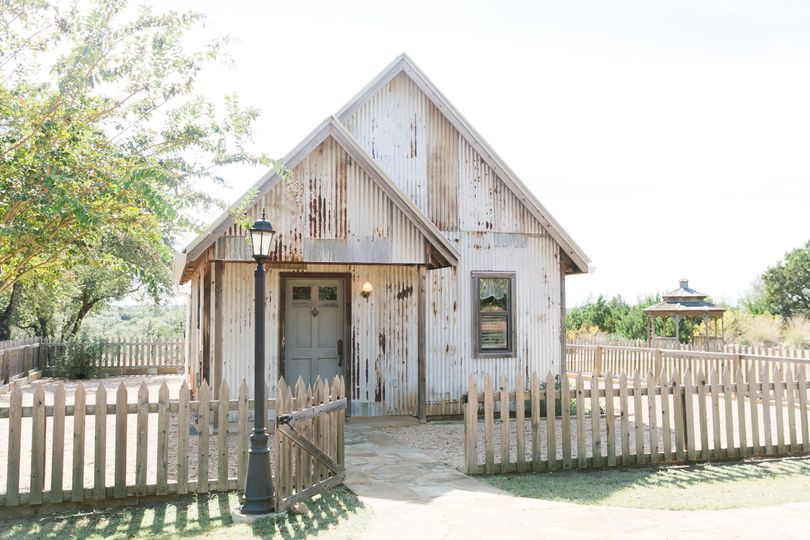Dove - Bridal Prep Cottage