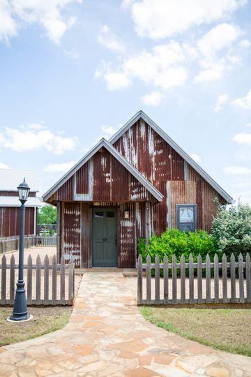 Ivy - Honeymoon Cottage