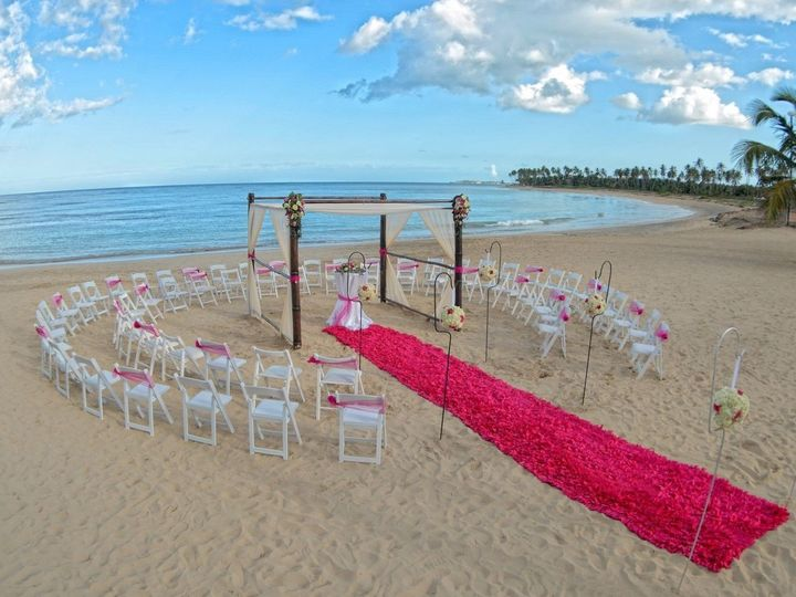 Tmx Accentuate Your Walk Down The Aisle With A Bright Pink Aisle Runner Breathlesspuntacana Dominicanrepublic Destinationwedding 51 1962215 158636349382955 Coudersport, PA wedding travel
