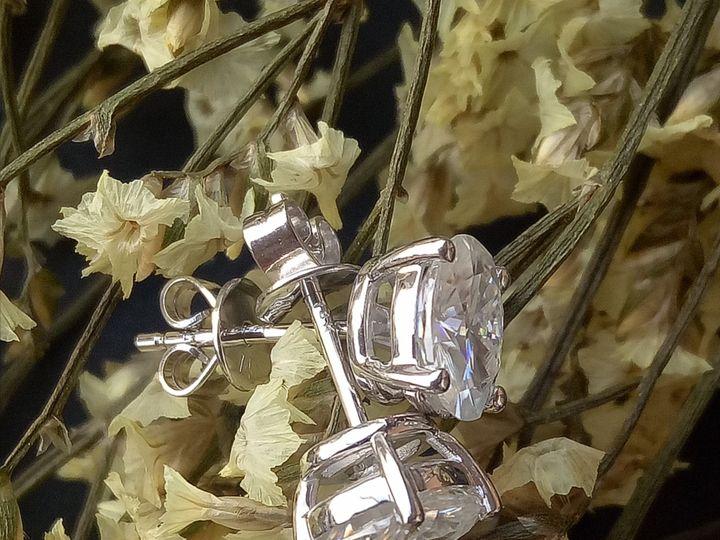 Tmx  2020020614011919 51 1892215 158096983056791 Renton, WA wedding jewelry