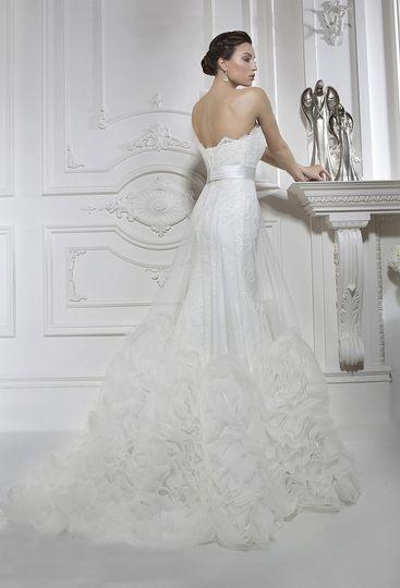 Sposa Bella Bridal Boutique Dress Attire San Antonio Tx