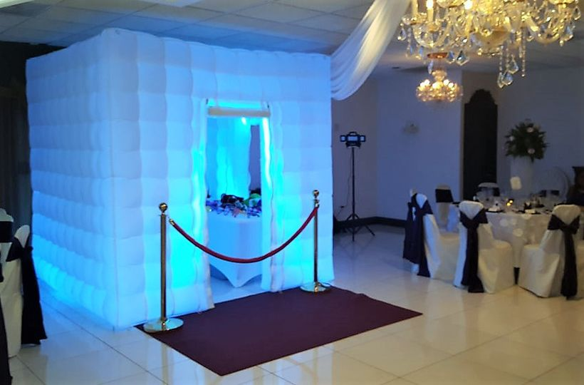 LED AIR Booth