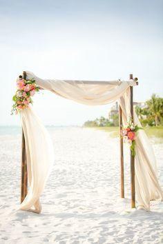 Tmx 1517944314 434a3d40ce305808 1517944313 7342ebb13bbb8690 1517944312547 2 Arches1 Boynton Beach wedding florist