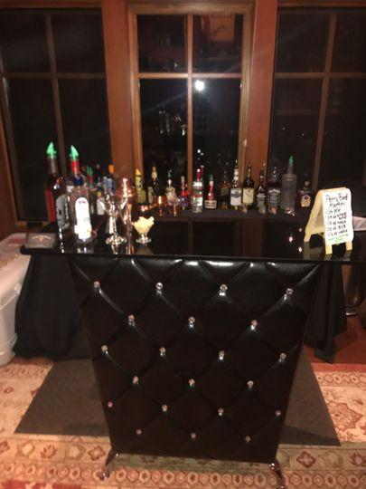 Black Diamond Bar