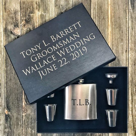 Custom Flask with Gift Box