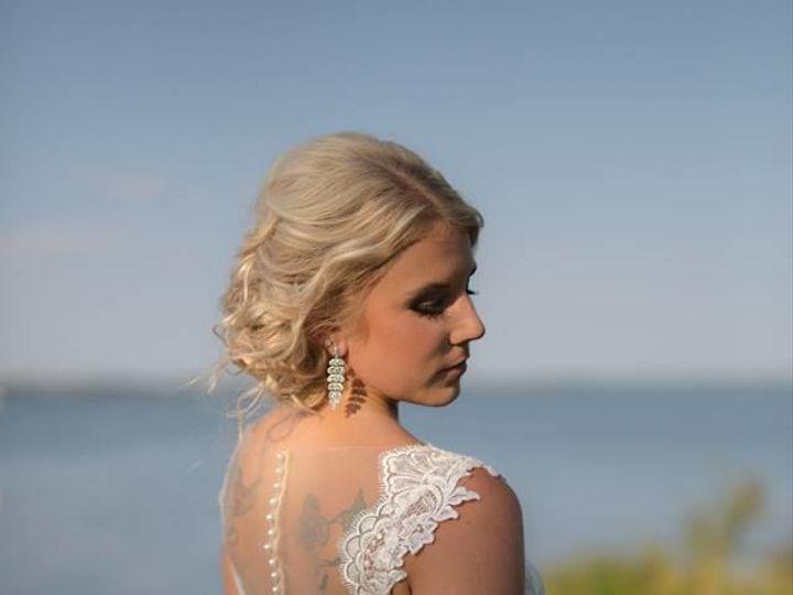 Tmx 1522275749 82d0a1eda9bcc7fc 1522275748 1fe1742ffbd14686 1522275747512 5 Wedding2 Madison, WI wedding beauty