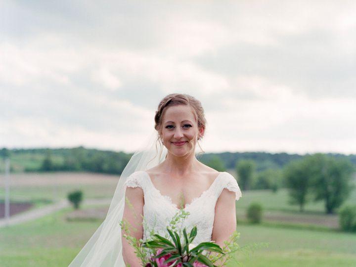 Tmx Pic 3 51 513315 158345130331711 Madison, WI wedding beauty