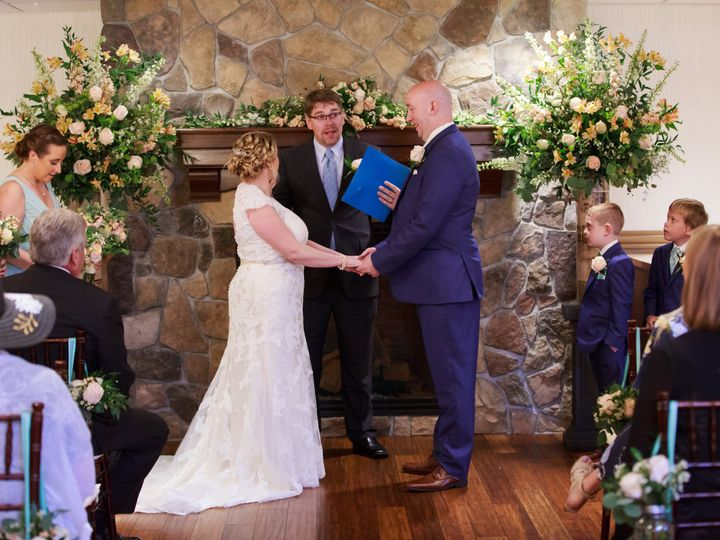 Tmx Voutour Howard Wedding 309 51 1523315 159614481128724 Concord, NH wedding officiant