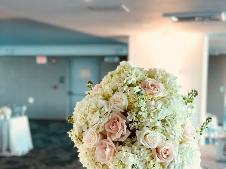 Tmx Img 4430 51 664315 1570731714 Boca Raton, FL wedding florist