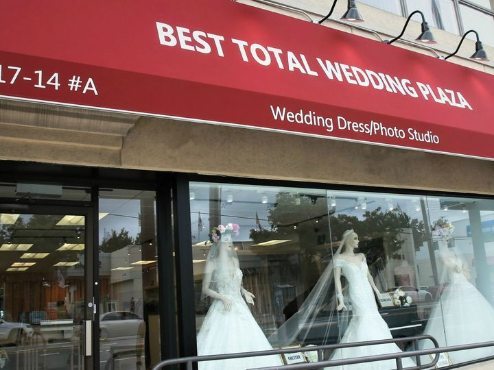 Tmx Storeb 51 645315 1558280233 Bayside, NY wedding dress