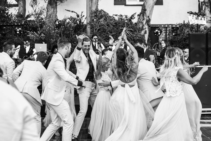 This is what a Wedding Party dance is supposed to look like!