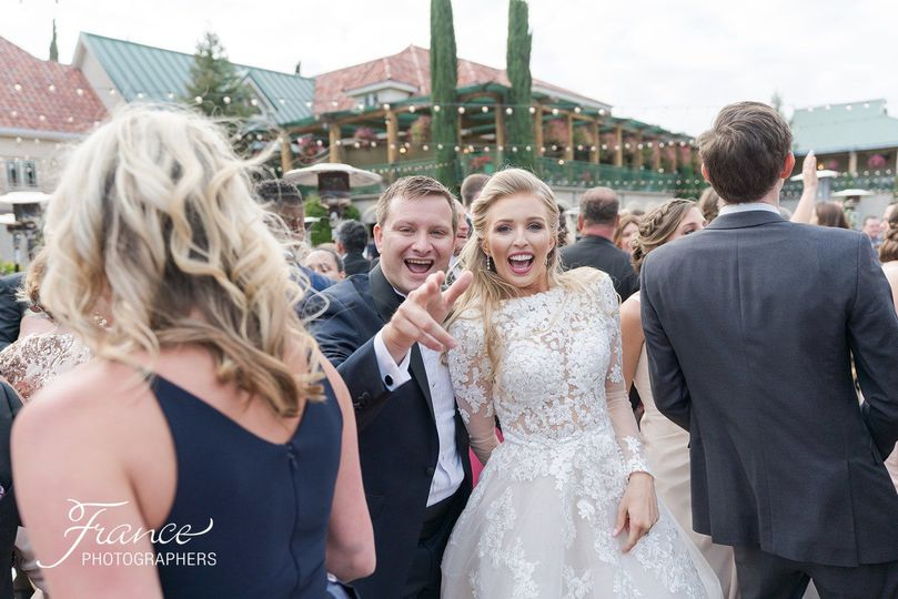 Hey, I know that dude!  Lovely out door wedding at South Coast Winery, Temecula Ca