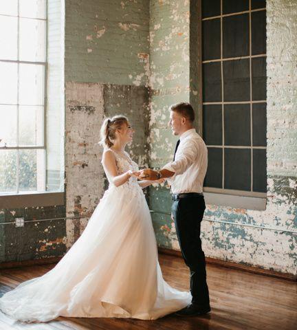 Tmx Blaktammyphotography 22 51 1917315 160348213551782 Mount Dora, FL wedding photography