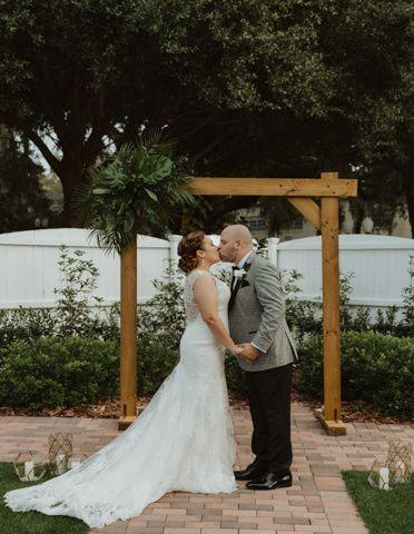 Tmx Blaktammyphotography 28 51 1917315 160348213753190 Mount Dora, FL wedding photography