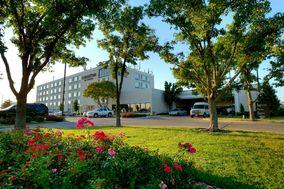 DoubleTree by Hilton Hotel Wichita Airport