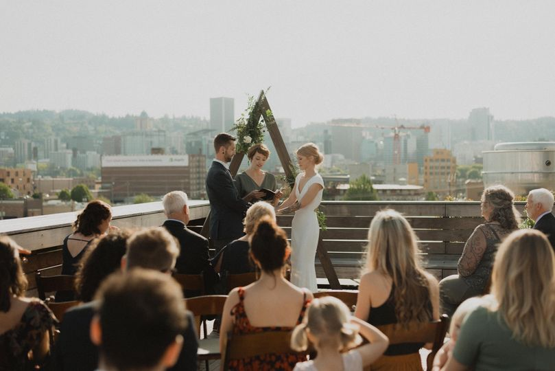 Portland, Oregon Rooftop Weddi