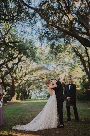 Love under the Oaks