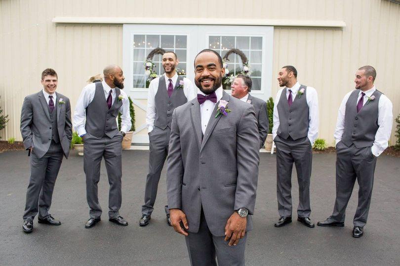 Groom/groomsmen boutonnieres