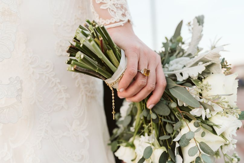 One-hand bouquet