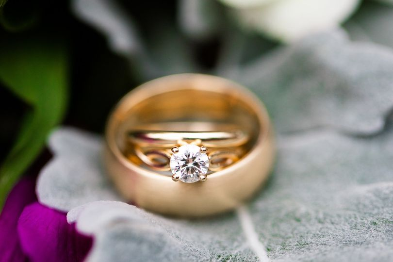 Wedding ring feature