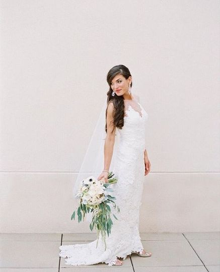Bride: @kimstockwellphoto