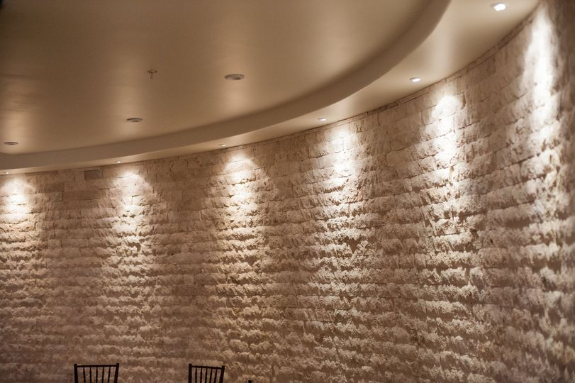 travertine wall