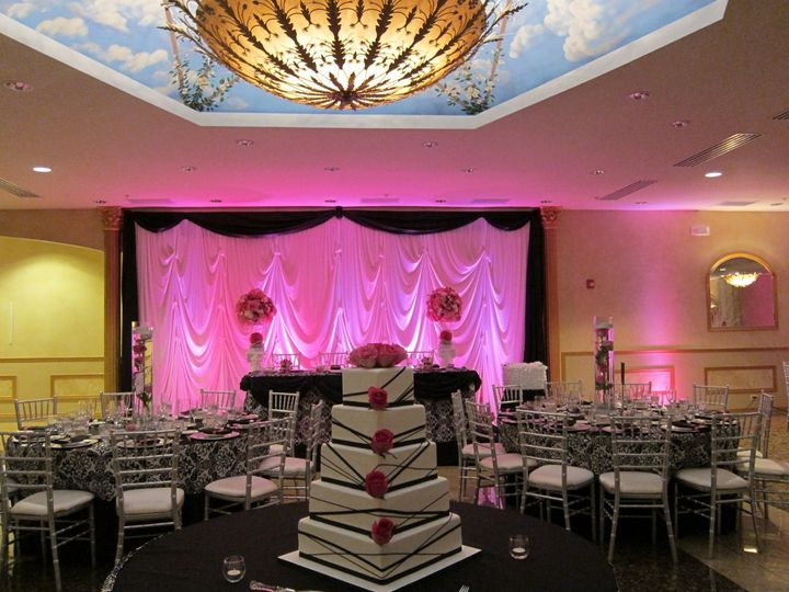 5 layered wedding cake