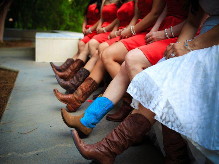 Tmx 1520964572 7561a087bdf9e822 1520964570 7efcf8bffcac335e 1520964568276 1 Cu Austin, Texas wedding transportation