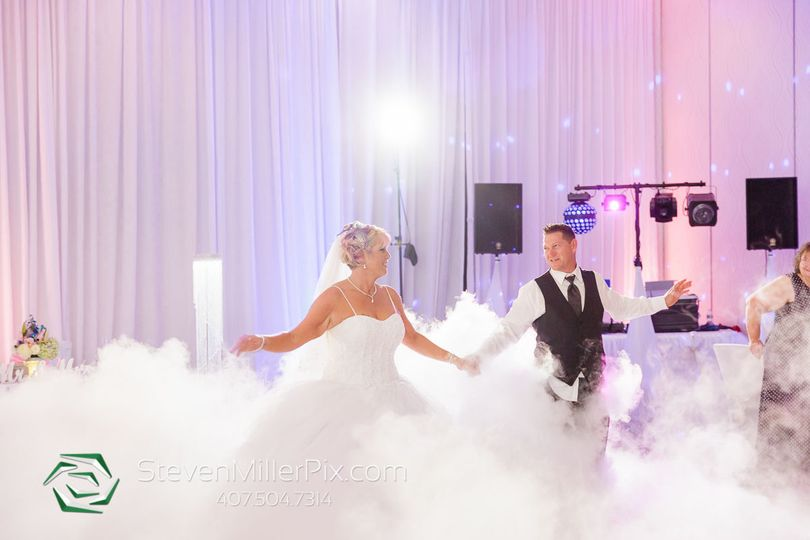 Elegant Entertainment DJ and Video Services
