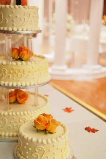 Sweet Hut Bakery Wedding Cakes