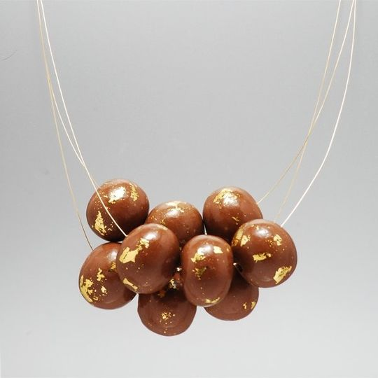 Best necklace to have fun in! Be the life of any party in this edible necklace. Malted milk balls...