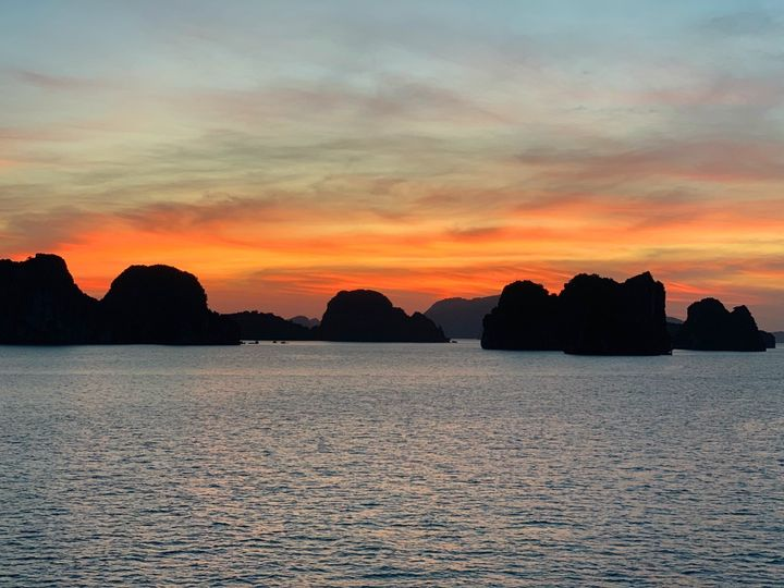 Tmx Vietnam Ha Long Bay Best Sunset 51 1895415 158014364542163 Seattle, WA wedding travel