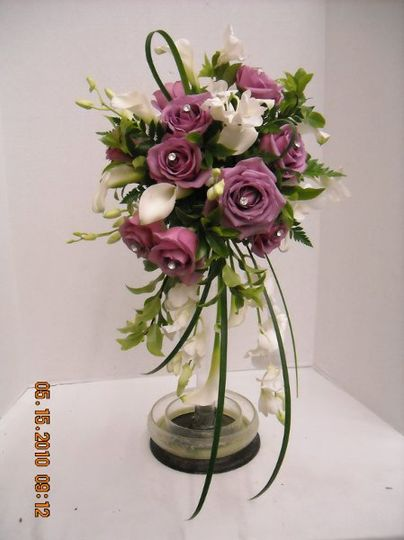 Roses and Cala Liliy Bouquet